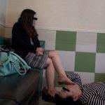 26歳受付嬢の臭くて柔らかくて蒸れた足をひたすら舐める動画